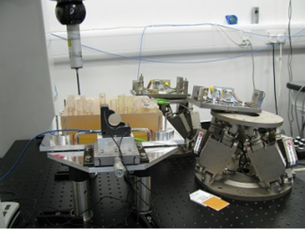 Optical Test environment with PI M-824 Hexapod (Image: Glasgow University)