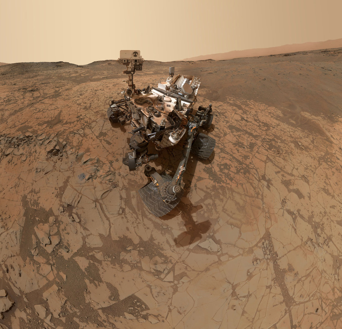 Curiosity Self-Portrait at 'Mojave' Site on Mount Sharp (Image: NASA/JPL)