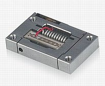 Piezo Flexure Actuators (Linear and Vertical Motion)