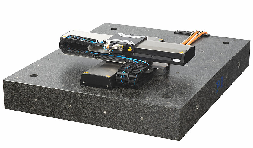 X-417.1xx: XY system on granite plate (image without controller)