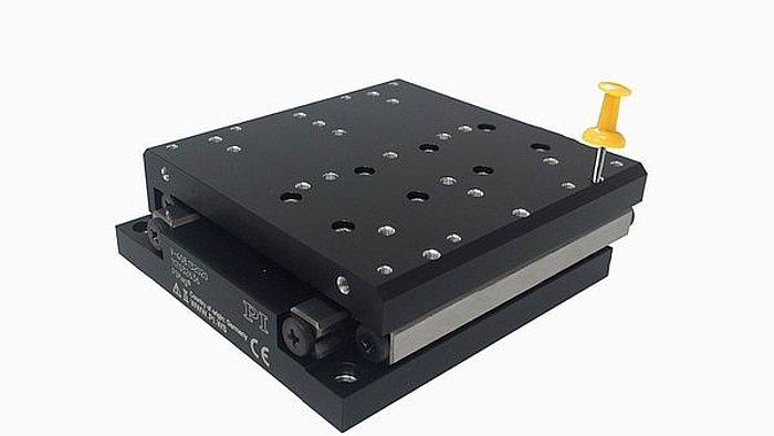 The V-408 features high load capacity precision crossed roller elements with anti-creep cage assist, preventing roller creep, and a zero-wear, non-contact linear motor – ideal prerequisites for long lifetime in high duty cycle industrial applications. The high-force linear motor achieves velocities up to 1.5m/sec. An integrated optical linear encoder provides 10 nanometers resolution. The stage achieves 20nm minimum incremental motion and excellent geometric performance with 4µm straightness and flatness.