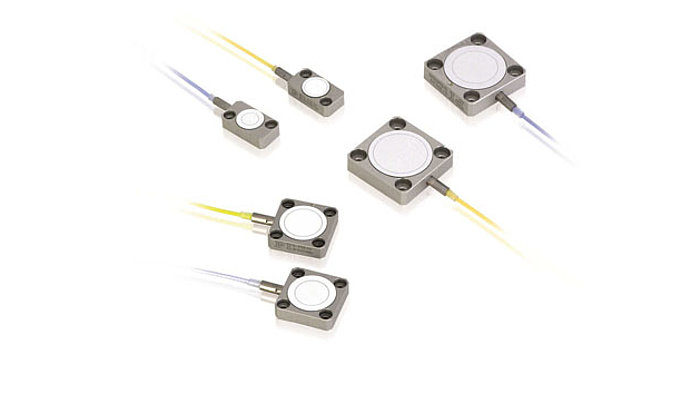 D-015, D-050, D-100 Sub-Nanometer-Resolution Dual-Plate Capacitive Position Sensors