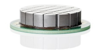 Piezo ceramic in an array structure for generating directed ultrasound (Image: ELAC)